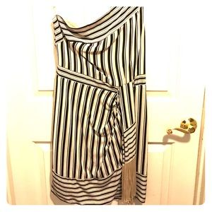 Size M Bcbc Vguc off the shoulder dress